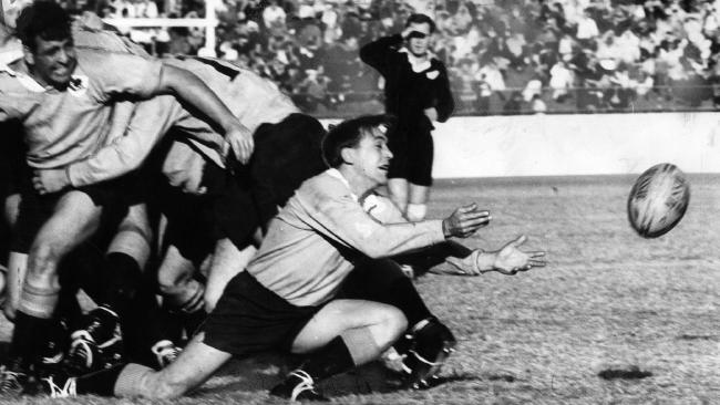 Ken Catchpole gets pass away during for NSW against the All Blacks in 1968.