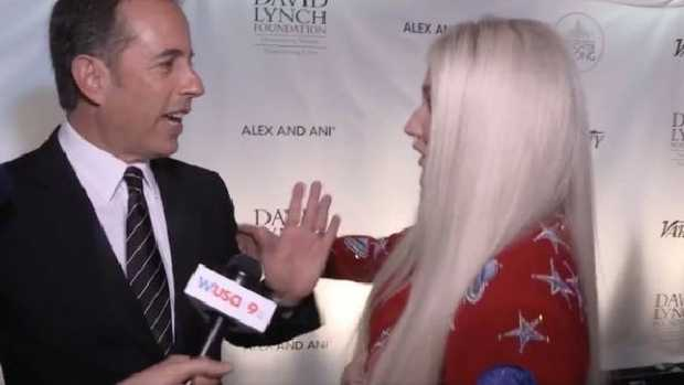 Jerry Seinfeld and Kesha don't hug it out in one of the most awkward moments of 2017. Picture: Supplied