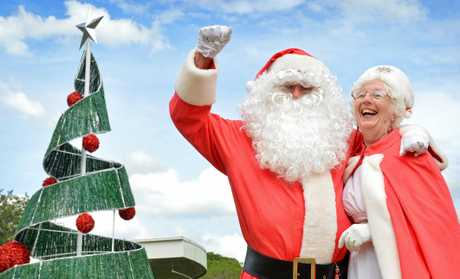 Mr and Mrs Clause (Bill and Barbara Moore). Photo Renee Albrecht/Gympie Times