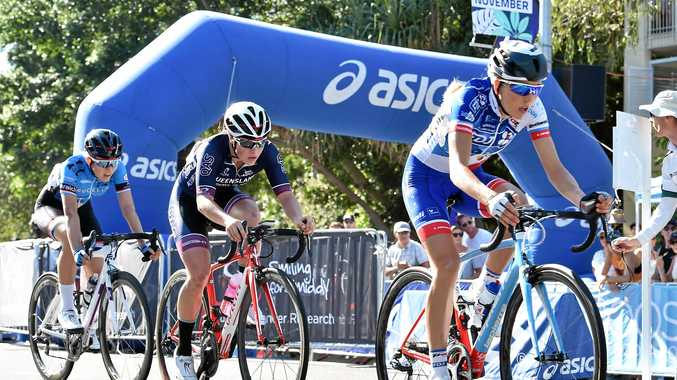 READY: Shara Gillow (right) will join the UniSA-Australia women's team for the Santos Women's Tour Down Under.