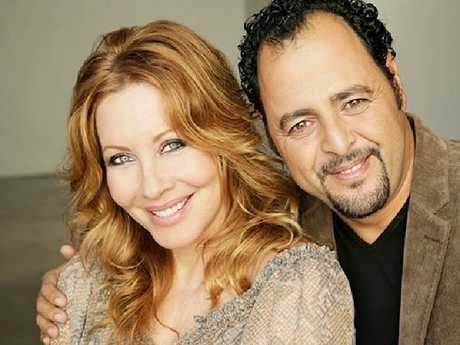 Paul Hogan's ex Linda Kozwolski and rumoured new husband Moulay Hafid Babaa. Picture: dreamydestiny.com
