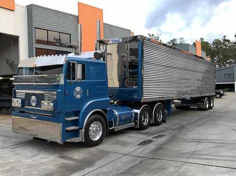 Truckin Stainless, Tsunami