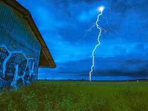 Severe thunder storms threaten New Year celebrations
