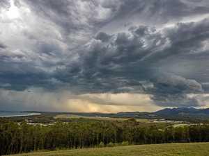 Severe thunderstorm, hail set to bear down