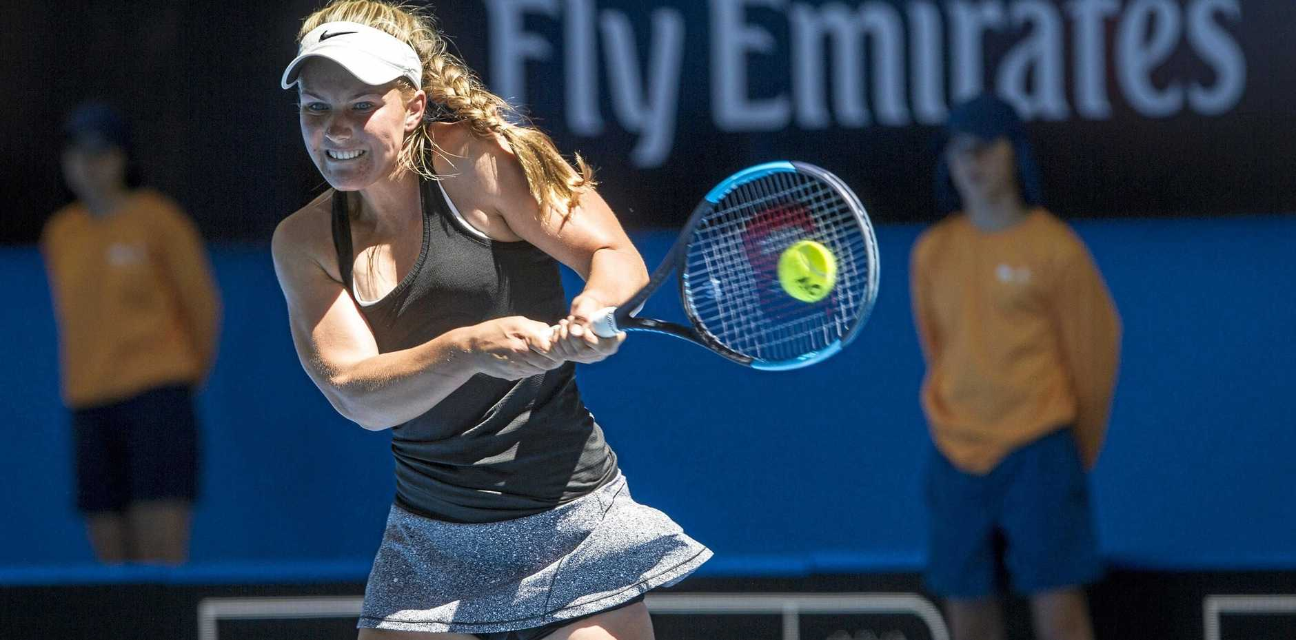 Maddison Inglis flattens a return against Coco Vandeweghe at the Hopman Cup.
