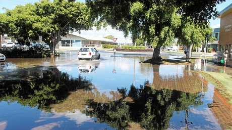 MINOR FLOODING: The king tide today (Wednesday Jan 3) is causing minor flooding in Ballina's CBD. The water on the road is salt water.