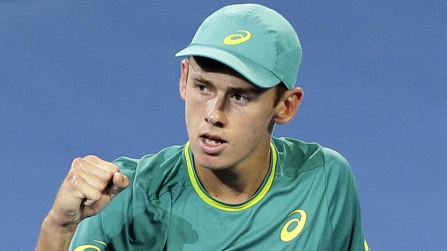 Australian teenager Alex De Minaur on his way to beating Milos Raonic at the Brisbane International.