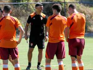 John Aloisi keep his focus on Wanderers
