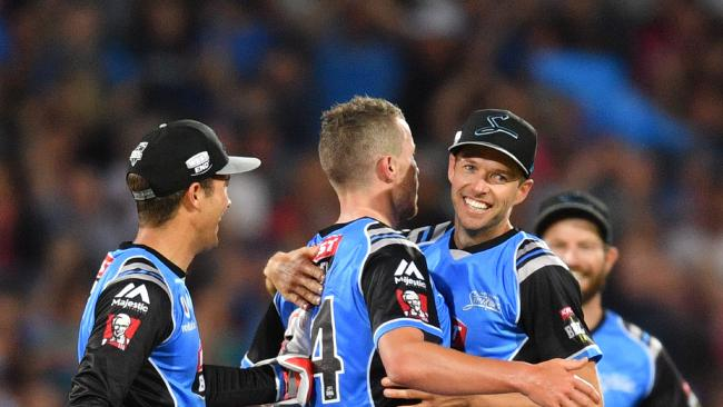 Ben Laughlin (right) and Peter Siddle like the way the Adelaide Strikers have started their Big Bash League season. Picture: AAP