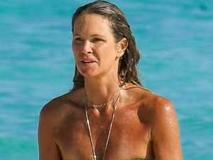 Elle's sizzling bikini body at 53