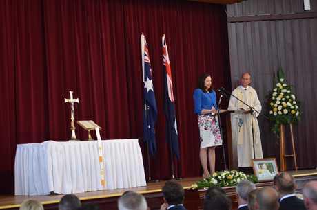 Premier Annastacia Palaszczuk speaks at Lady Flo's funeral.