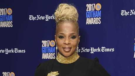 Mary J. Blige will wear black at the Golden Globes.