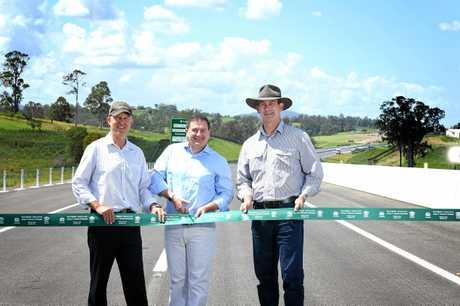 MPs Tony Perrett, Llew O'Brien and Mayor Mick Curran.