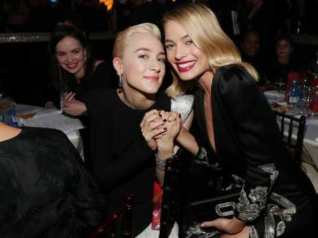 Saoirse Ronan mingled with Margot Robbie at the 75th Annual Golden Globe Awards.