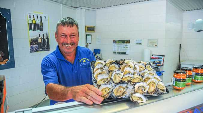 YUM: John Lindsay from Lindsay's Oysters and Fresh Seafood in Urunga.