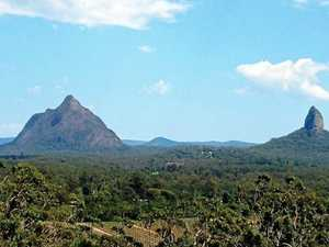 Climber airlifted to Brisbane after Coast mountain fall