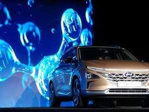 Hyundai's Nexo SUV does 600km on a tank of ... hydrogen