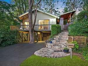 'Magical' family tree house for sale in Mount Lofty