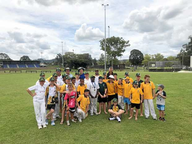 STORMING IN: The FNC Thunder and Hawkesbury teams played in the Lismore Under-12 carnival yesterday. Hawkesbury won.