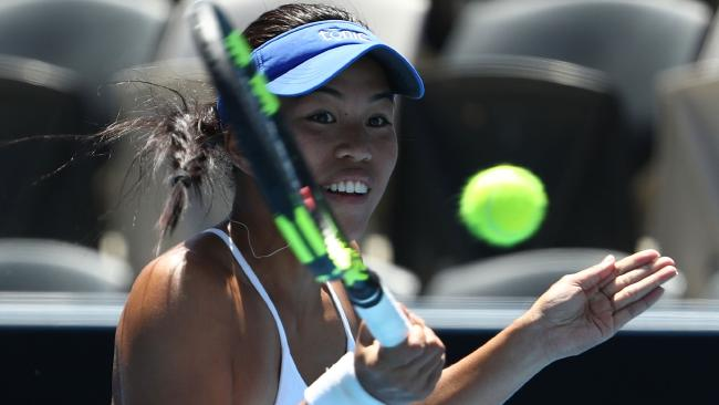 HOBART, AUSTRALIA - JANUARY 07: Lizette Cabrera of Australia plays a forehand during her singles match against Beatriz Haddad Maia of Brazil Day One of 2018 Hobart International match at Domain Tennis Centre on January 7, 2018 in Hobart, Australia. (Photo by Robert Cianflone/Getty Images)