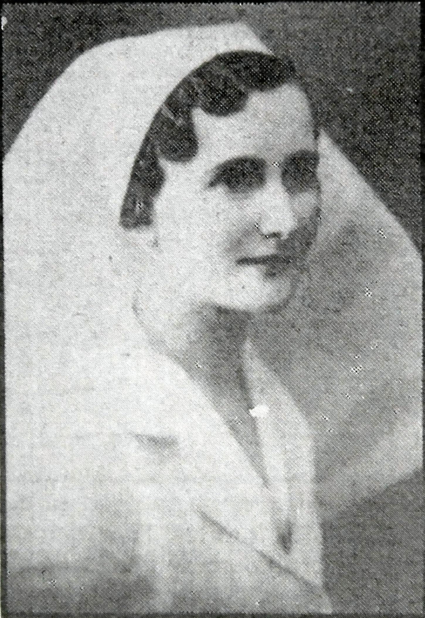 Lettie Steen (Lady Wright).