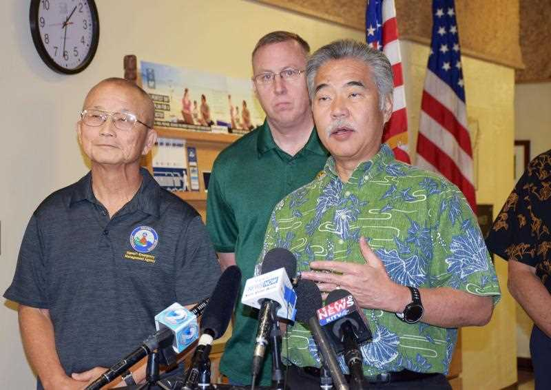 HEMA boss Vern Miyagi and Hawaii Gov. David Ige explain what went wrong.