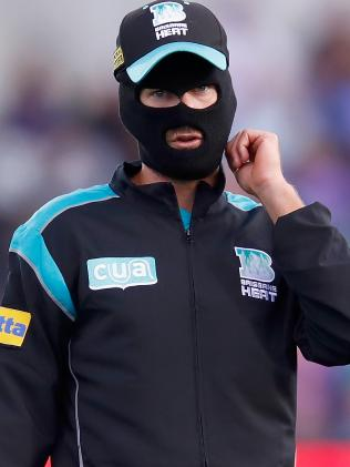 Joe Burns came prepared for the cold. (Photo by Darrian Traynor/Getty Images)