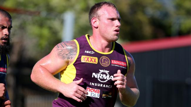 Giant prop Matt Lodge gives something the Broncos have lacked in recent years. Photo: David Clark