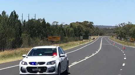 Emergency services are on the scene of a crash between a truck and four cars on the Newell Highway, north of Dubbo. Picture: Ben Walker / Twitter