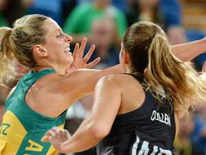 Laura Geitz in action for the Diamonds before the birth of her son.
