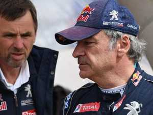 Dakar leader penalised for 'dangerous' incident