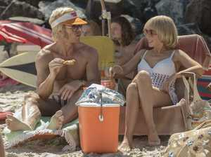 Guy Pearce and Kylie Minogue in a scene from the movie Swinging Safari.