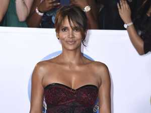 Halle Berry arrives at the 49th annual NAACP Image Awards at the Pasadena Civic Auditorium on Monday, Jan. 15, 2018, in Pasadena, Calif. (Photo by Richard Shotwell/Invision/AP)