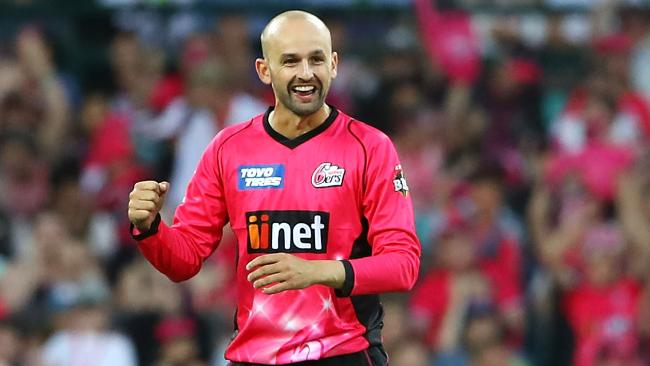 Nathan Lyon took three wickets in the Sixers' win over the Stars.
