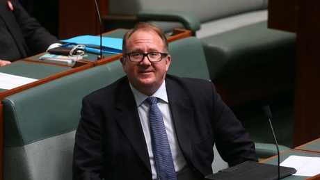 David Feeney to resign from Parliament over dual citizenship, prompting Batman by-election