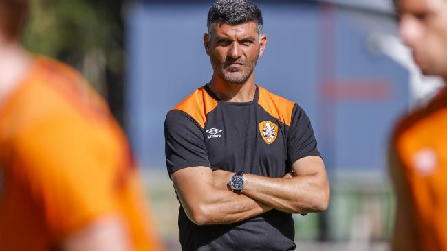 Aloisi is hoping for a big push to the end of the season. (AAP Image/Glenn Hunt)