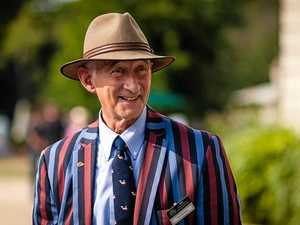 Antiques expert heads for Noosa
