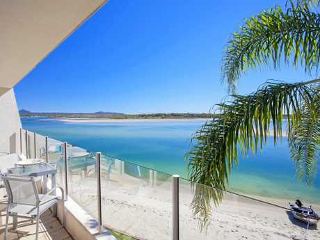 Unit 49 Noosa Harbour, Noosa Heads.