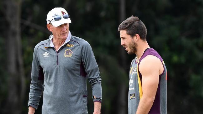 Coach Wayne Bennett and Ben Hunt at training.
