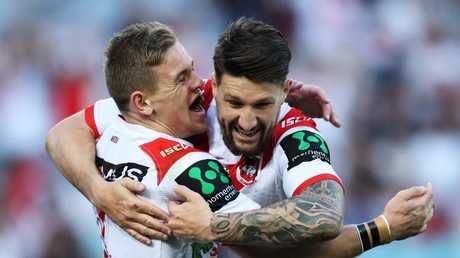 Matt Dufty celebrates scoring a try with Gareth Widdop.