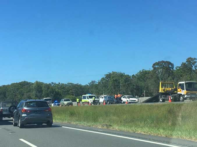 Five car pile-up shuts down Sunshine Motorway