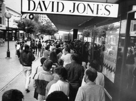 It's a long time since people were queuing to get inside David Jones. This picture was taken in Adelaide, in 1989.