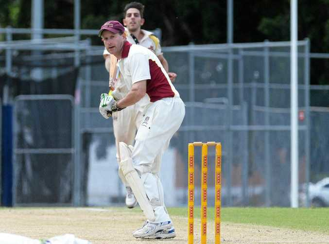 GOING IT ALONE: Wayne Jones did his best with bat and ball, but Centrals fell short against Brothers.