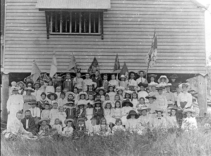 Frenchville State School students at the Federation Day celebrations in 1901.