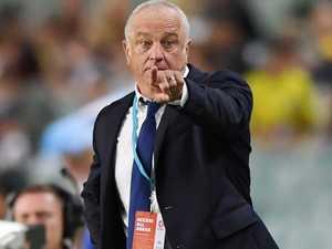 Sydney tempt Arnie to snub Roos