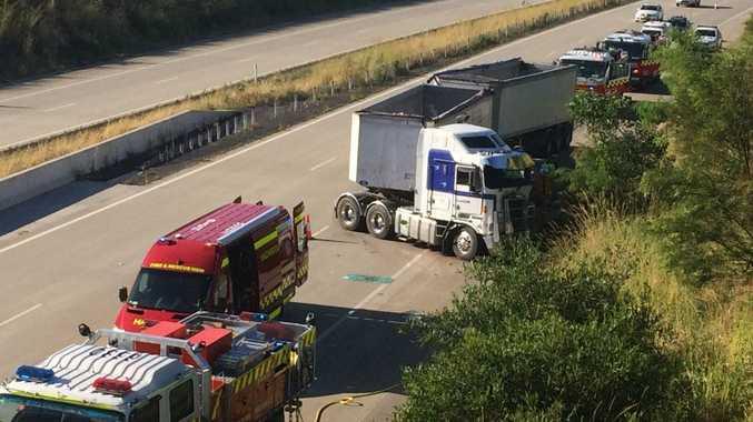Truck crash at Newrybar.