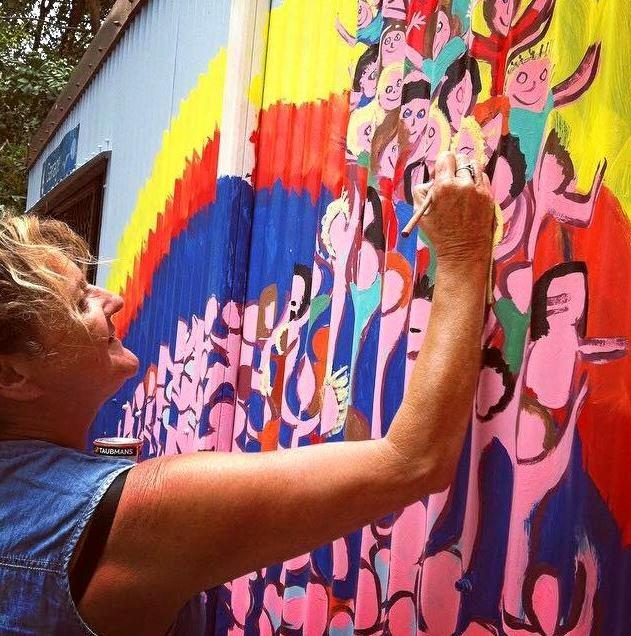 Talented artist, Robyn Campbell, is well-known around her home town of Yeppoon for her beautiful art work.