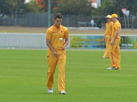 Mackay's Mason Kohler gets ready to bowl.