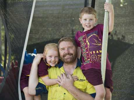 Les Berghauser with his children Matilda and Lachlan is looking forward to a family holiday in Melbourne after winning flights in an Airnorth competition, Tuesday, January 23, 2018.