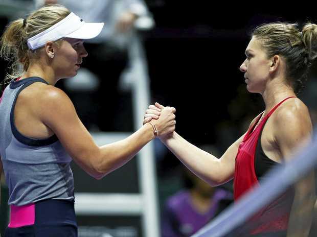 Caroline Wozniacki (left) and Simona Halep will face off in the Australian Open women's final.